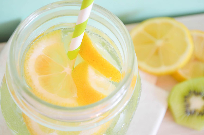 fruits_water_kiwi_citron_healthy_3